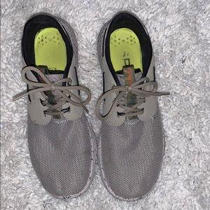 Sperry unique tennis shoes
